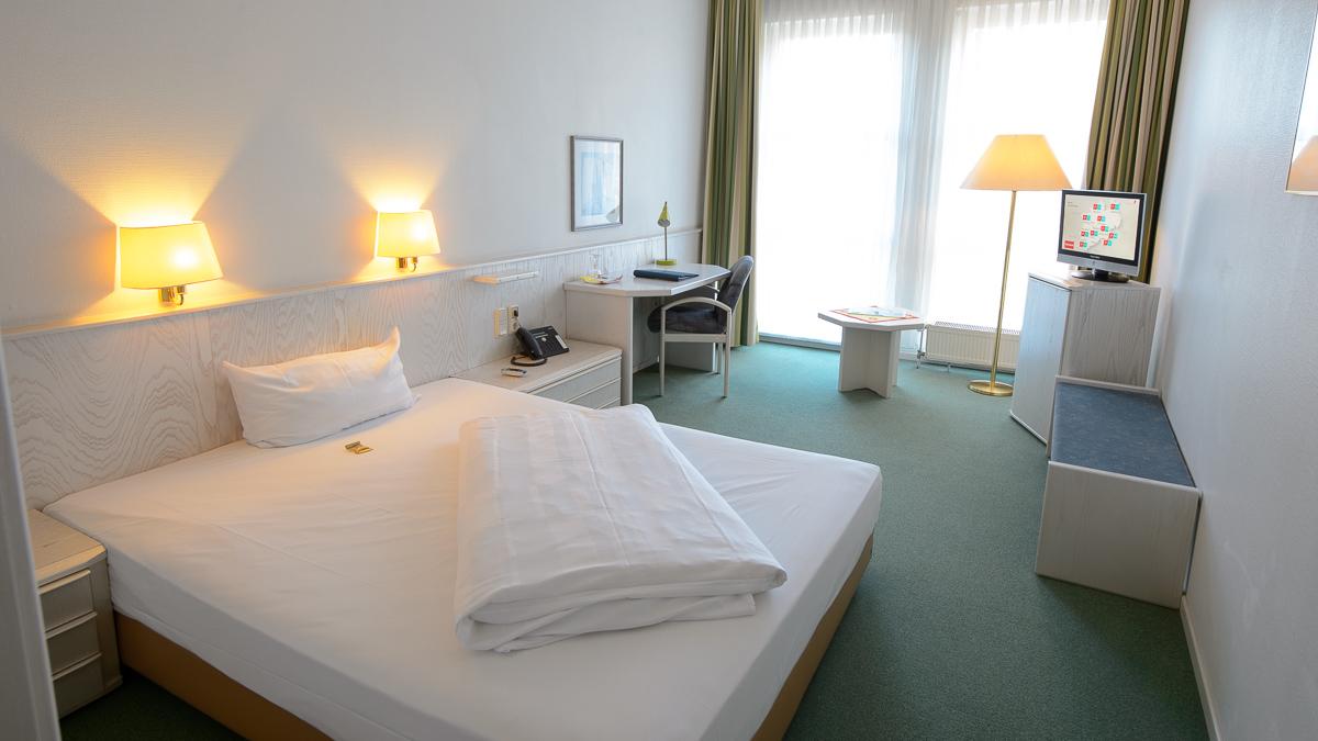 Zimmer - www.euro-park-hotel.de